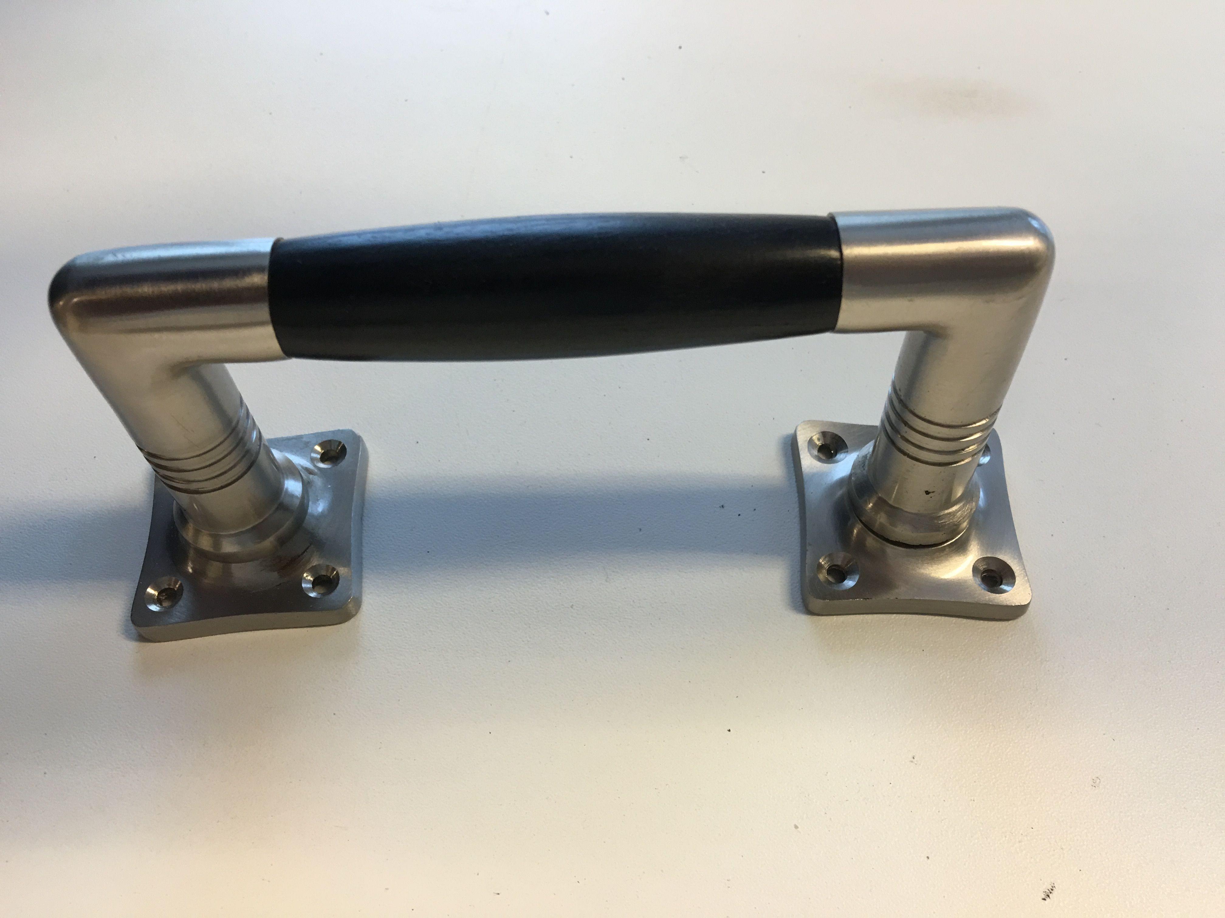 Spiksplinternieuw tags: renoveren, antiek, deurknop, handvat, deur, deur, deurknop UA-04